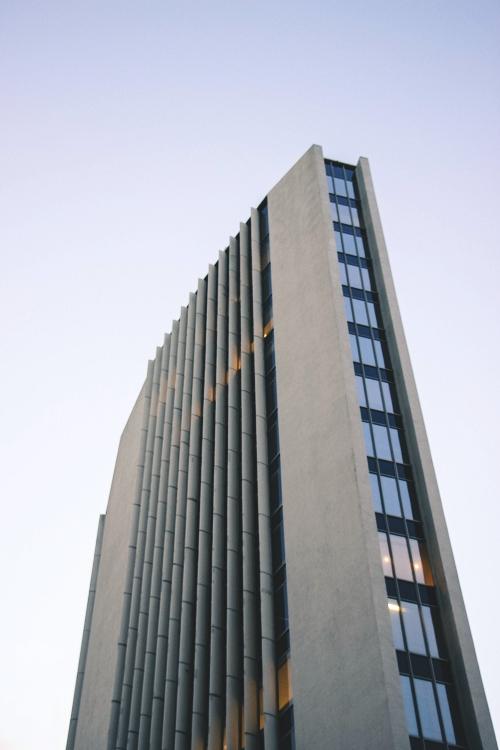 - Rascacielos de hormigón armado